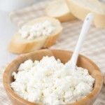 Amazing Muscle Building Benefits of Cottage Cheese. Article about how it is low in fat and high in protein, good late night snack.
