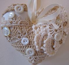 lace heart - would be beautiful on a Victorian themed tree