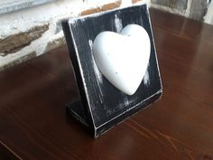 Modern decorative white or grey waterproof concrete heart by APhomemade, Concrete, Grey, Heart, Wood, Unique Jewelry, Handmade Gifts, Modern, Vintage, Decor