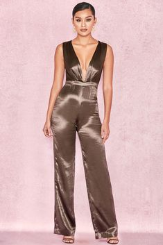 23ff36131aa HOUSE OF CB  Aleeyah  Olive Satin Plunge Neck Jumpsuit L 12   14 SG
