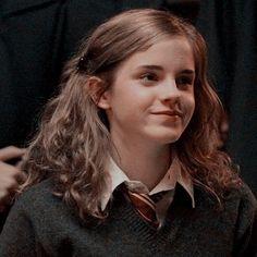 Harry Potter Icons, Harry Potter Tumblr, Harry Potter Hermione, Harry Potter Aesthetic, Harry Potter Characters, Draco Malfoy, Emma Watson, Harmony Granger, Hogwarts