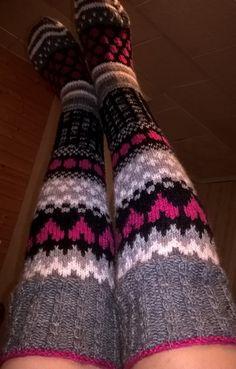Novita 7-bröder Thigh High Socks, Knee Socks, Thigh Highs, Wool Socks, Knitting Socks, Crochet Slippers, Knit Crochet, Leg Cast, Sock Leggings