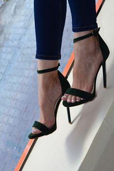 High K.C. Exclusive · 19 -59 TL Arası Fiyatlar - Koyu Yeşil Süet Topuklu Ayakkabı 0074 %67 indirimle 39,99TL ile Trendyol da