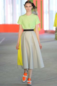 Roksanda Ilincic Spring 2014 Ready-to-Wear Collection Slideshow on Style.com