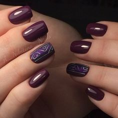 Темно-фиолетовый дизайн маникюра