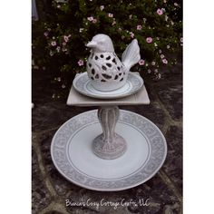 ceramic bird feeder ($45) ❤ liked on Polyvore featuring home, outdoors, outdoor decor, bscozycottagecrafts and ceramic bird feeder