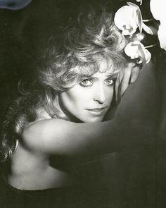 George Hurrell - Farrah Fawcett (1979)