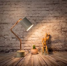Industrial concrete copper table grey lamp - Model Lamp This industrial lamp will be very nice in your driveway or in the corner that you want and . Copper Table, Copper Lamps, Copper Lighting, Wood Lamps, Table Lamps, Modern Lighting, Copper Pipes, Copper Decor, Pendant Lighting