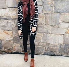 How to wear ankle boots with hijab Just Trendy Girls Casual Hijab Outfit, Hijab Chic, Ootd Hijab, Muslim Fashion, Modest Fashion, Modest Outfits, Classy Outfits, Fall Fashion Outfits, Womens Fashion