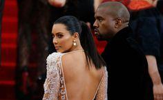 Kim Kardashian zet zichzelf naakt op Instagram en Bette Midler reageert >>