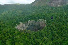 national geographic grotte in Papua Nuova Guinea- Cerca con Google