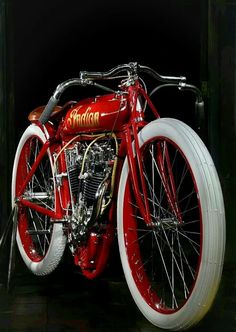 Indian – while I raise issues with the brand name, they have always been beautif… Indiano – enquanto eu levanto problemas com o nome da marca, eles sempre foram lindas motos. Indian Motorbike, Vintage Indian Motorcycles, Antique Motorcycles, American Motorcycles, Triumph Motorcycles, Vintage Bikes, Bobbers, Indian Motors, Cars Motorcycles