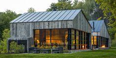 Modern Barn Style Home in Vermont by Birdseye Design Modern Barn, Modern Farmhouse, Modern Cabins, Farmhouse Design, Modern House Design, Contemporary Design, Contemporary Cabin, Timber Cladding, Repurposed Wood