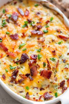 Cream cheese dip loaded with bacon and cheddar is that one dip you MUST HAVE for party or gatherings! Hot and bubbly, very comforting dip! Bacon Cream Cheese Dip, Bacon Cheese Dips, Cheese Dip Recipes, Dips With Cream Cheese, Cheddar Bacon Dip, Cream Cheese Appetizers, Yummy Appetizers, Appetizer Recipes, Fun Recipes