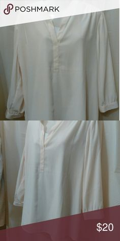 Chico's cream blouse Cream size 3 long sleeve v-neck Chico's Tops Blouses