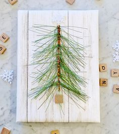 4 Super Simple Last Minute Gift Wrapping Ideas (and a Video) - Thistlewood Farm Teen Christmas Gifts, Christmas Gift Wrapping, All Things Christmas, Christmas Decor, Christmas Ideas, Gift Wrapper, Ribbon Wrap, Pretty Packaging, Last Minute Gifts