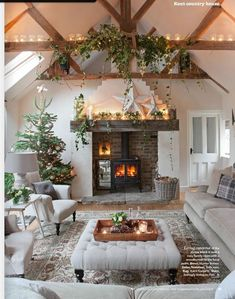 Pale and sophisticated country interior www.achica.com/christmas