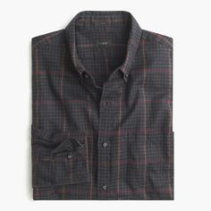 Crew for the Slim brushed twill shirt in windowpane gingham for Men. Find the best selection of Men Shirts & Tops available in-stores and online. Denim Button Up, Button Up Shirts, Flannel Shirts, Men Shirts, Twill Shirt, Men Looks, Gingham, Shirt Style, J Crew