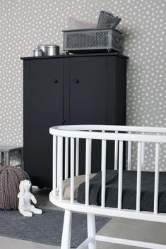 A beautiful makeover for a storage cupboard - adds a bold statement to this monochrome nursery Baby Bedroom, Baby Boy Rooms, Nursery Room, Kids Bedroom, Nursery Themes, Stars Wallpaper, Mint Wallpaper, Monochrome Nursery, White Nursery