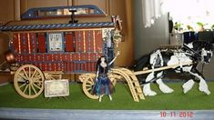 Gisela's caravan - inside and out | McQueenie Miniatures