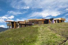 Casa Vacío | FACHADA LATERAL 2 | Zuarq. Arquitectos info@zuarq.co construcciones con guadua y otros materiales naturales