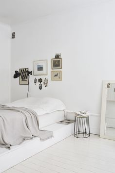 Monday Mood: Bright U0026amp; White U2014 BADLANDS Minimalist Home, Minimalist  Studio Apartment,