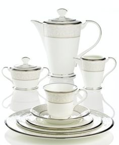 Noritake \ Silver Palace\  Dinnerware  sc 1 st  Pinterest & The 5 Most Popular Dinnerware Sets for Millennials | Dining sets ...