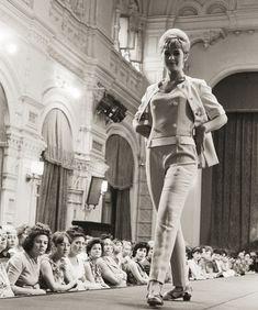 Показ мод в ГУМе, 1966 г.