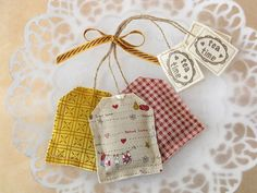 Lavender Teabags... No tutorial... But several pics of different combos. Enjoy looking!... http://www.flickr.com/photos/patchworkpottery/3528390611/in/photostream
