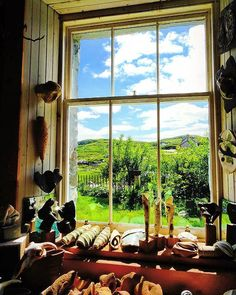 Finsbay, Isle of harris. Scotland  #rabbiestours #travelfeels  Image by Nicole Hapunkt