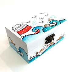 Caja Faro y Pajaritos Painted Wooden Boxes, Painted Jewelry Boxes, Wood Boxes, Hand Painted, Handmade Jewelry Box, Diy Wind Chimes, Cute Box, Posca, Decoupage Paper