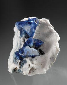 Benitoite - 5.5 cm -   Dallas Gem Mine (Benitoite Gem Mine), San Benito Co., California, USA