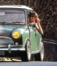 The nerdy look Fiat 500, Classic Mini, Classic Cars, Europe Car, Pin Up Car, Cooper Car, Mini Copper, Cabriolet, Mini Things