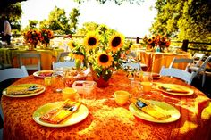 Bright and Sunny - cannot get much more cheerful that this :) Perfect for a summer Hoedown Wedding