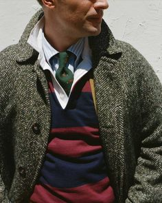 Gentleman style 492933121715904909 - A Transatlantic Conversation on the Rugby Shirt: Part Two Preppy College Style, Preppy Mode, Preppy Style Men, Gentleman Mode, Gentleman Style, Mens Rugby Shirts, Estilo Preppy, Ivy League Style, Ivy Style