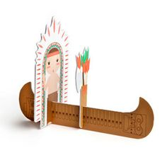 This would make a great centerpiece for the kids party.  kidsonroof - Card - Totem Pop Out INDIAN & ARROWS