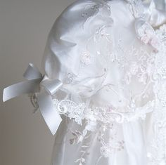 Scarlett Lace Christening Gown & Bonnet months Only)