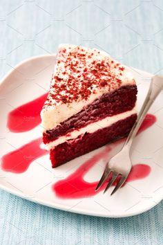 Red Velvet cake slice on blue background. Cake Background, Red Velvet Recipes, Food Tech, Cake Photography, Velvet Cake, Mini Desserts, Aesthetic Food, Food Plating, Cake Designs