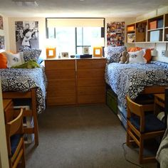 Blue and orange double dorm room... Get Preppy College Dorm Room Ideas like this on Uscoop.com!