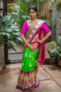 Our two for joy Ikat saree truly brings joy every single time. The bright green Pochampally against fuchsia pink border is a statement on its own. The bright blue and white Ikat print adds the slightest level of quirkiness to this evergreen six yards. Pair her with muted gold blouse and let her speak to the world! #green #pochampally #silk #ikat #saree #India #blouse #Houseofblouse