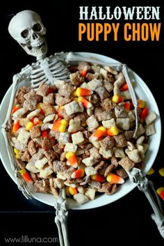 Creative Party Ideas by Cheryl: Halloween Snack with Skeleton!