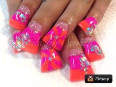 Wide duck feet flare tip nails. I really like the colors on these nails Flare Acrylic Nails, Flare Nails, French Manicures, French Tip Nails, Winter Nail Designs, Cute Nail Designs, Gorgeous Nails, Pretty Nails, Duck Nails