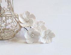 White Flowers hair Pin set  Small Hair Flowers by NikushJewelryArt