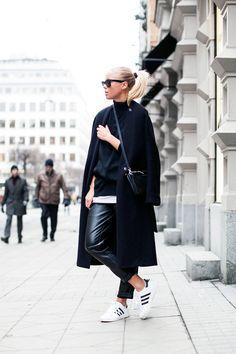 black & white look with adidas sneakers #style #fashion #kicks