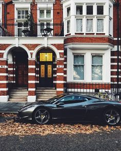 Typical Chelsea's car #london #thisislondon #ferrari #architecture #architecturelovers #architectureporn #embankment #prettycitylondon #houseofldn_cars #car #cars #luxe #luxurious #luxury #theluxurylife #vscouk #vscolondon #vscocamonly #autumncolors #autumn #photosofengland #visitlondon by gn0me