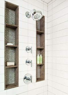 Bathroom ideas, bathroom renovation, master bathroom decor and master bathroom organization! From claw-foot tubs to shiny fixtures, these are the bathroom that inspire me the most. Master Bathroom Shower, Shower Niche, Simple Bathroom, White Bathroom, White Shower, Master Bathrooms, Parisian Bathroom, Silver Bathroom, Small Master Bathroom Ideas