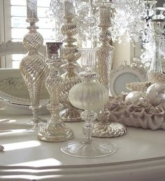 51 Exquisite Totally White Vintage Christmas Ideas | DigsDigs