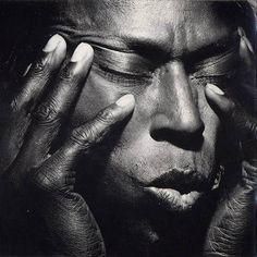 black and white portrait of miles davis by irving penn Lily Cole, Winterthur, Miles Davis, Famous Portrait Photographers, Famous Portraits, Rudolf Nureyev, Black And White Portraits, Black And White Photography, Irving Penn Portrait