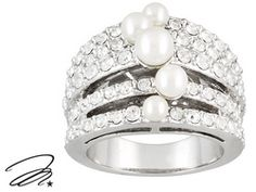 Marilyn Monroe (Tm) Jewelry Collection, Rhodium Plated Bronze Pearl Simulant And Crystal Ring