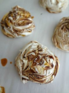 The Cooking Actress: Chocolate & Salted Caramel Swirled Meringues. These meringue cookies are crisp, airy, and chewy-and the addition of caramel and chocolate puts them over the top! #dessert #recipe